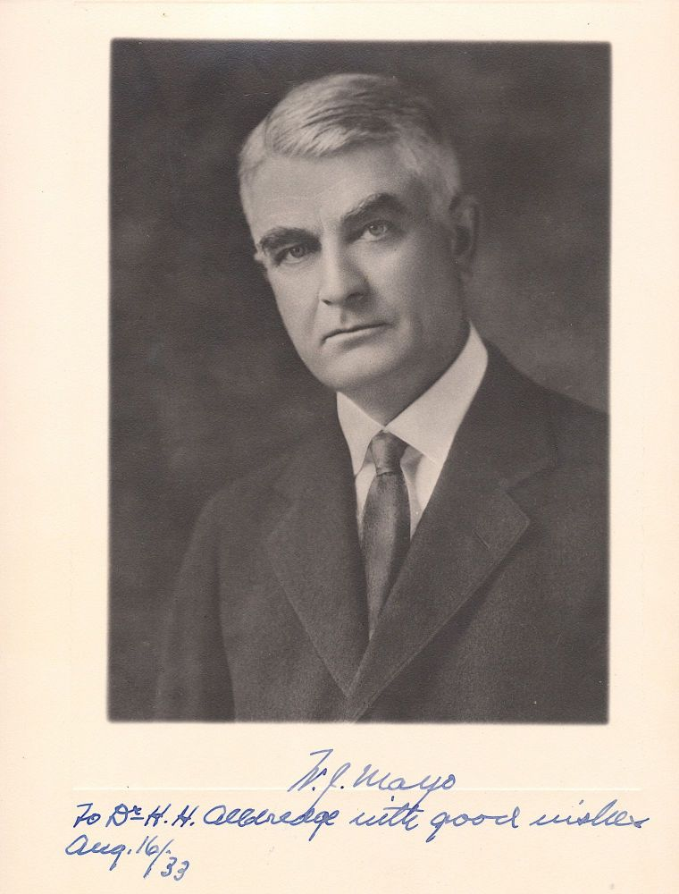 Mayo Clinic Founder Photograph Signed, 10 x 13.25, formal portrait matte-finish, Aug. 16, 1933. WILLIAM JAMES MAYO.