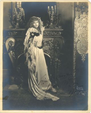 Stunning Signed Photograph, 8 x 10, matte finish, 1917. THEDA BARA