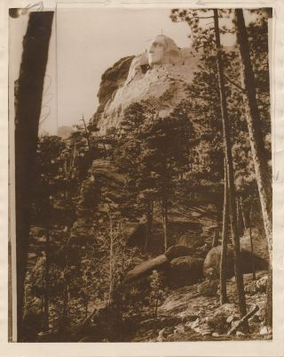 Two Photographs, Gelatin Silver Prints, of Mt. Rushmore presidential monument in progress. GUTZON...